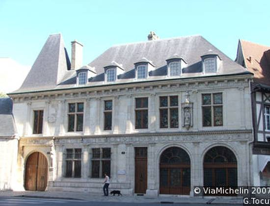 Hôtel Saint-Jean-Baptiste de la