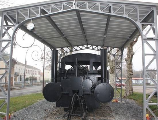 La réplique de la locomotive du