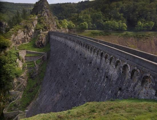 Le barrage du Gouffre d'Enfer