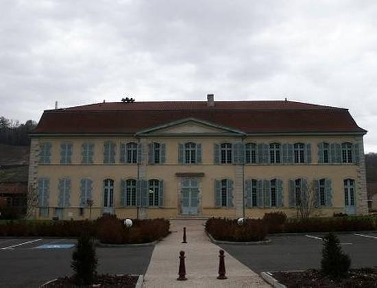 Chateau Menon